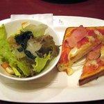 イタリアン・トマト カフェジュニア - トーストピザセット。