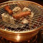 松阪牛炭火焼肉 東海亭 - 悦楽的女の東京美食辞典