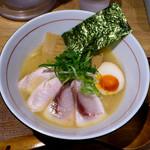 麺と心 7 - W白湯セブン