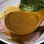 麺と心 7 - 清湯 スープ