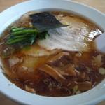 山六食堂 - チャーシュー麺