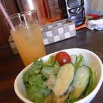 ペコペコ - ランチのサラダ