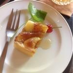遊鹿里茶屋 - 半分のケーキセット