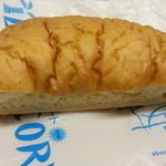 18962414 - しっとりチーズ 260円
