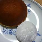 京都宇治 森半 - 今回は抹茶のどら焼きと大福