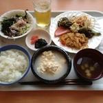 レストランロータス - 朝ご飯、マイブームは『ゆし豆腐』に沖縄そばのスープを掛けて食べること‼