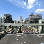 シャンブル・アヴェク・ヴュ - 富ヶ谷交差点の風景です