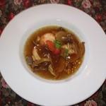 レストランディモア - 茸のスープに
