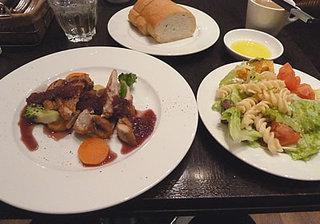 カフェ ドゥ コルス - サラダビュッフェランチ 1000円