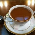 伊吹珈琲店 - ホットコーヒー/フレッシュ入れても濃い