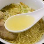 Tsurumen - 完全天然塩らぁ麺 スープ
