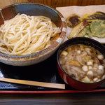 麺処 たかしな - 肉汁うどん並(600円)&野菜天(200円)_2009-07-26