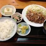 郷土料理と地酒のお店 稲穂 - 生姜焼き定食