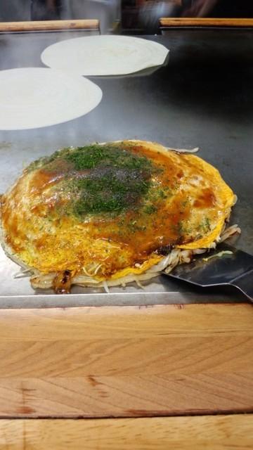 はぜや - お好み焼きの基本の「肉玉そば」です!
