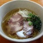 ラーメンはるちゃん - 料理写真:ラーメン600円