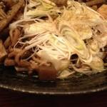 小次郎寿司 - 鯛の骨蒸し