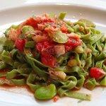 IL PINOLO - ズワイ蟹とソラマメのタリアッテ、ガーリック風味