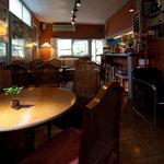 CAFE 桃園文庫 - 友達の家に来たみたい…な雰囲気
