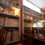 CAFE 桃園文庫 - 文庫カフェの文庫、です。