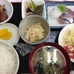 風花 - 家庭料理風の優しい味付け
