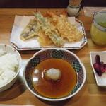 19001251 - 彩りの定食(2013.4.22)