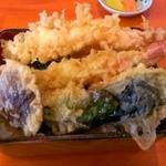 19002932 - 塩天丼\950