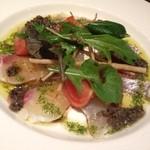 19004920 - 本日のおすすめ料理から、鯛のカルパッチョ。