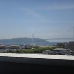 タツ屋 - 西側カウンターからの眺め、素晴らしい!