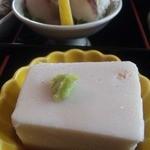 19010285 - 【八寸】ごま豆腐・手まり寿司