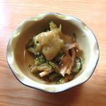 おまかせ料理まるやま - 刺身定食の小鉢(その2)
