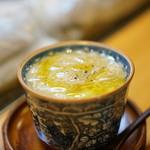 江戸前 寿し政 - 白トリュフオイルをかけた毛ガニの茶碗蒸し!これは旨い!