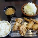 黄金彩 - 定食650円