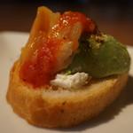ディキシールー - 赤貝アボカドクリームチーズ