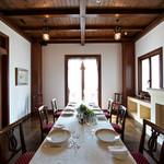 リヴァデリエトゥルスキ - 2階 SALETTA/サレッタ(個室)。ご家族の大切なお祝いやビジネスの会食など、よりプライベートなお集まりにぴったりの空間。