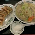 日高屋 - 野菜たっぷりタンメン+餃子セット680円