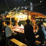 かじしか - 博多川沿いの屋台です
