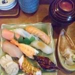 富梅 - 2013.05.19  にぎり1200円!赤だし、デザート付き!