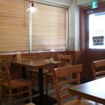 杏や - テーブル席