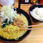 きどりらーめん - きどりらーめん + 鶏そぼろトッピング + ねぎトッピング & ご飯1膳(2013年5月)