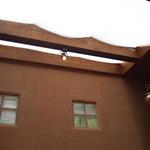 ボージャン - 天井は吹き抜けで明るくなってます
