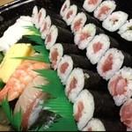 ぎふ初寿司 - 私の鉄火好きは伊達じゃないよ。 昔からの馴染みのお店で。