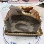 天使のお菓子やさんモンパクトル - ティラミスロール ¥347