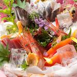 新鮮鮮魚と産直野菜の店 かぐやひめ - 海鮮盛5点999円