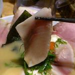 麺と心 7 - W白湯セブンチャーシュー かじきのレアチャーシュー