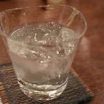 割烹 なり田 - なかむら(芋焼酎)水割り