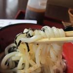 竹林亭 - うどんは柔らかくて美味しい福岡のうどんとは違いコシのあるシコシコした歯触りの美味しいうどんです。
