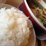 博多金龍 - 白ご飯やん!