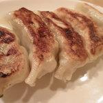 1904537 - 肉汁たっぷりの焼餃子