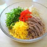 萬福 - 料理写真:夏季限定の冷麺です!