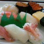 19043281 - とんでん、寿司アップ
